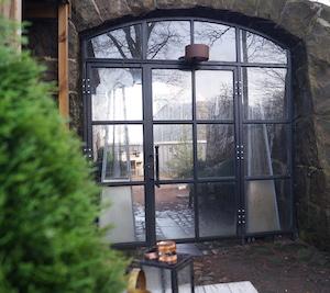Trädgårdsavdelare glasvägg industrivägg Laserskuret Skräddarsytt i metall WidalDesign